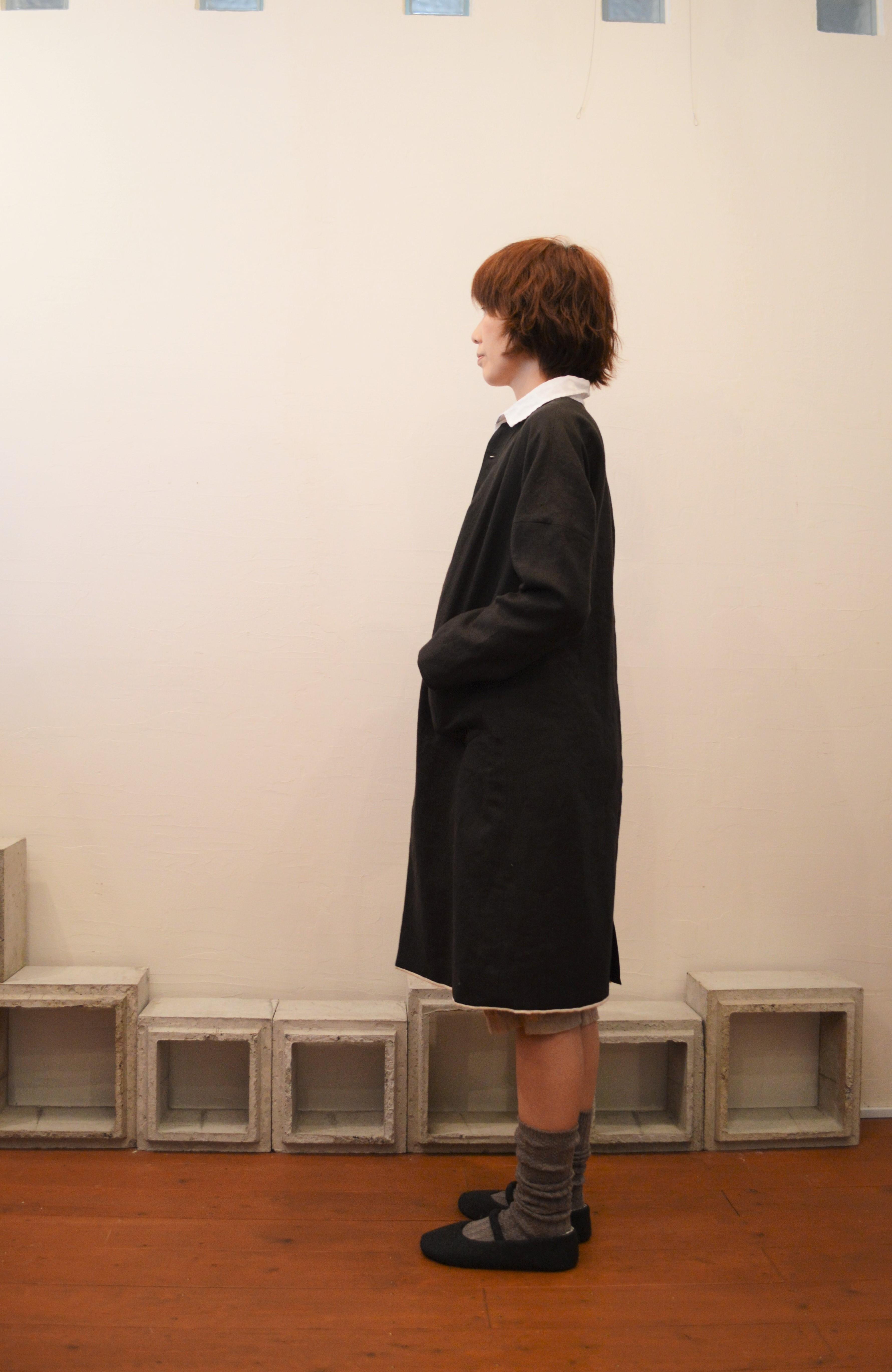dropped shoulder linen coat 写真02
