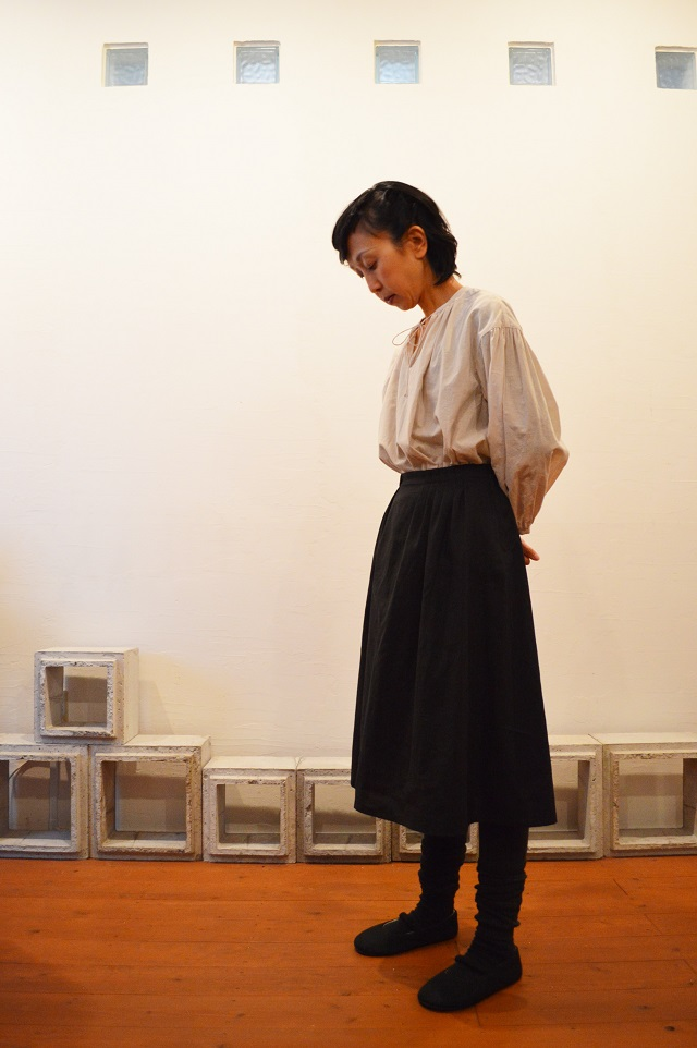bustle skirt 写真01