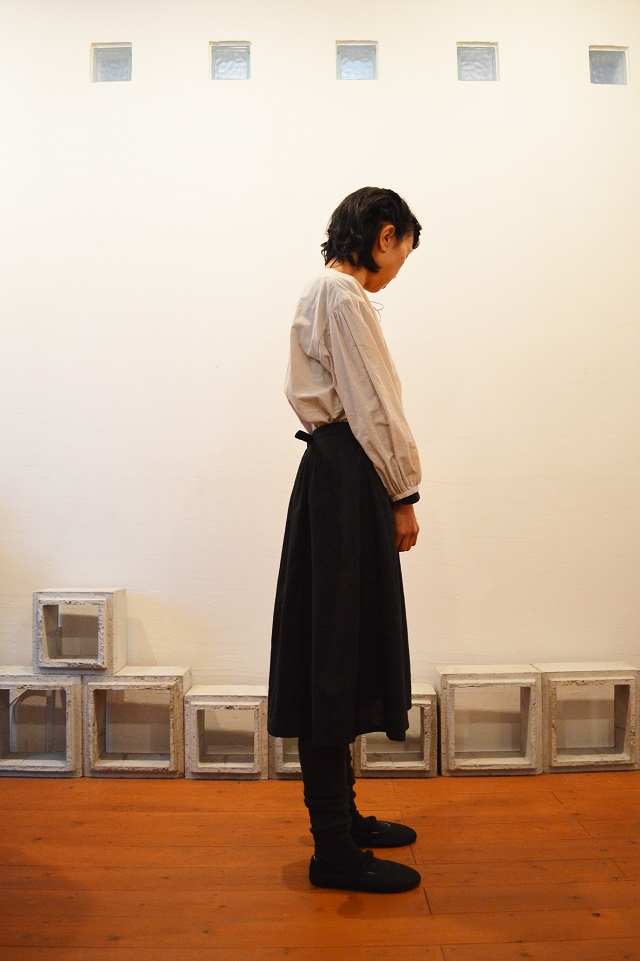 bustle skirt 写真02