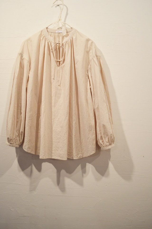 slit string shirt 写真02