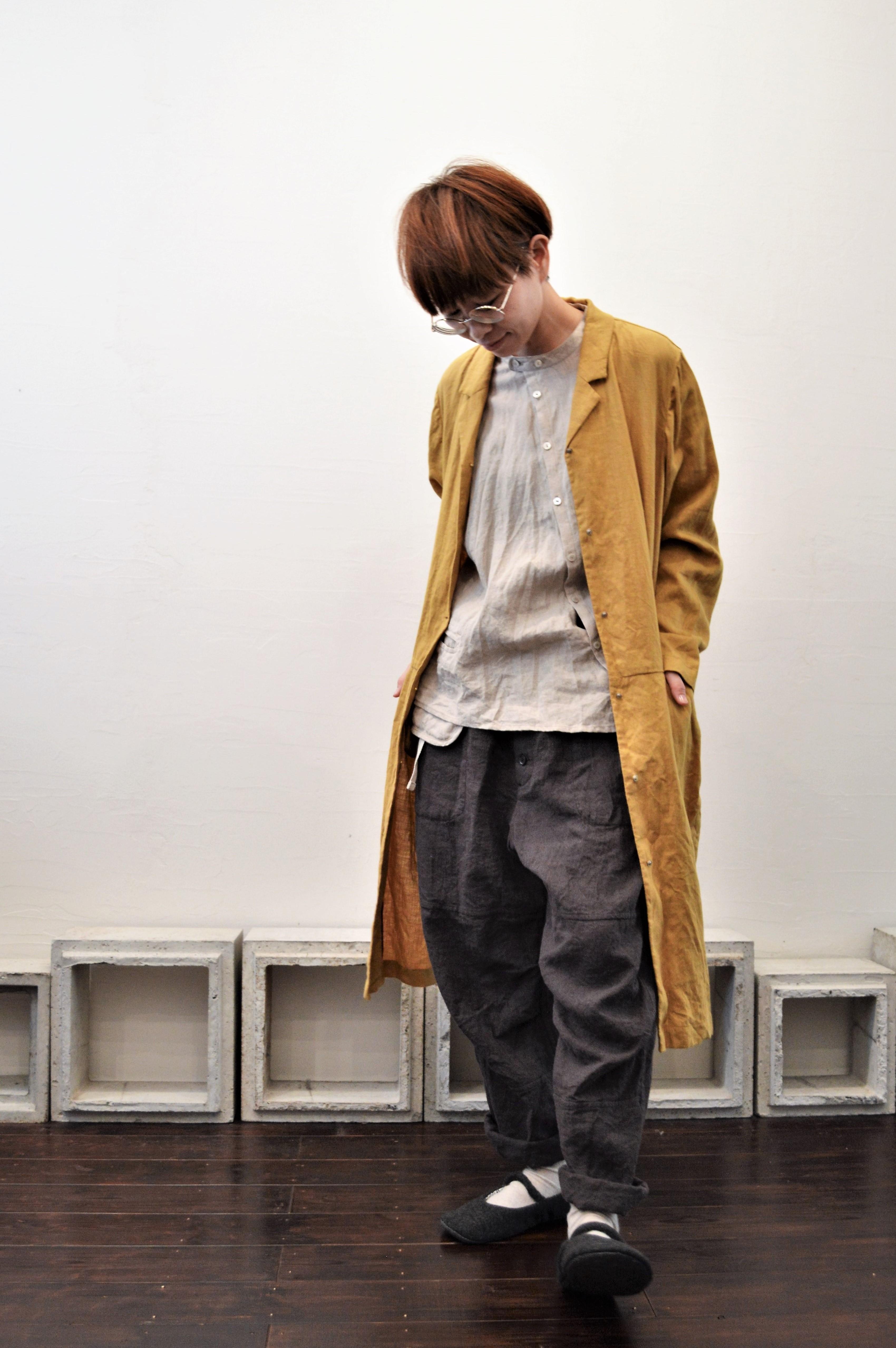 button-down baggy pants